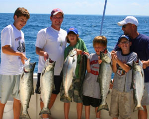 Fishing Charter Chicago, up to 6 people - Weekend 5 Hours