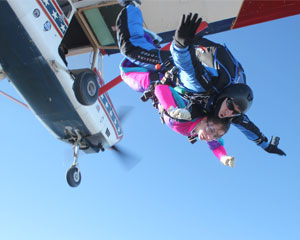 Skydiving Dallas - 10,000ft Jump (Closest Dropzone to Dallas!)