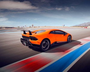 Lamborghini Huracan LP610 Drive - Las Vegas Motor Speedway (Shuttle Included!)