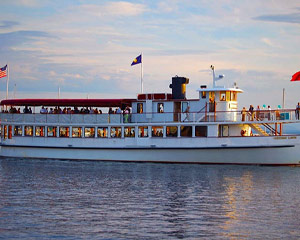 Boston Harbor Sunset Cruise - 90 Minutes
