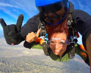 Skydive Taft - 10,000ft Tandem Jump