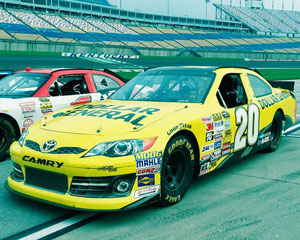 Nascar ride 3 laps indianapolis motor speedway adrenaline for Ride along charlotte motor speedway