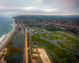 Private Helicopter Ride Carlsbad, Del Mar Racetrack and Lake Hodges Overlook - 30 Minutes