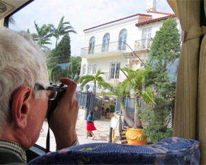 Miami Bus Tour, South Beach, Wynwood, and Little Havana - 4 Hours (Transportation Included!)
