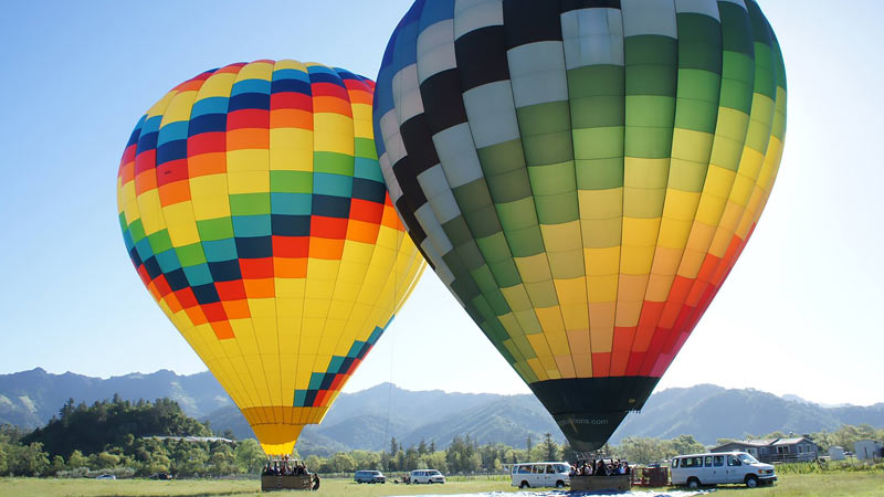 Hot Air Balloon Ride Napa Valley - 1 Hour Flight with Champagne Reception