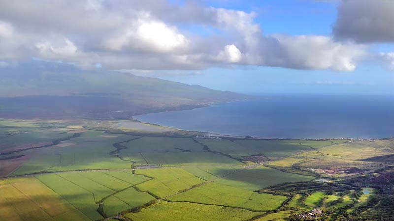 Helicopter Tour Maui, Hana and Haleakala with Cliff Side Landing - 1 Hour 15 Minutes