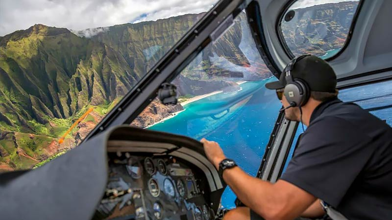 Helicopter Tour Kauai, Ultimate Adventure - 50 Minutes (SPECIAL PRICE - BOOK BEFORE 8:30AM OR AFTER 2:00PM)