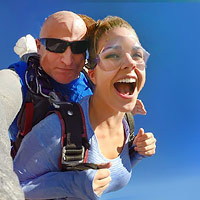 Everything is bigger in Texas! This Skydive will give you the biggest views, biggest freefall and the biggest thrill of your life. You will be flying through Dallas' blue skies at 120mph, thousands of feet in the air! It doesn't get more Texas than that!
